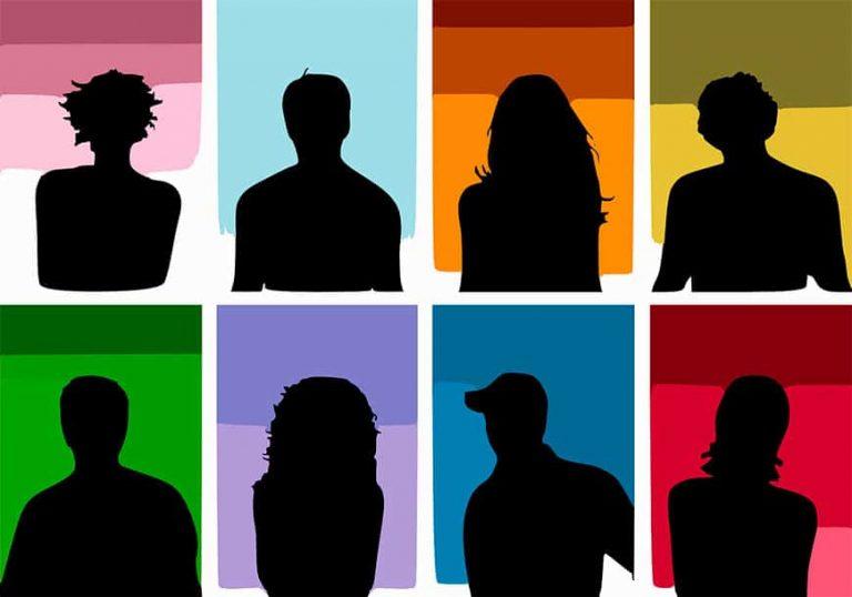 intérpretes, traductores, traductores jurados, profesores, guías turísticos, especialistas en localización web y software.