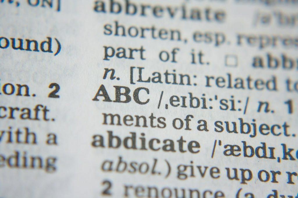 Diccionario, inglés, idiomas, errores, traducción, interpretación